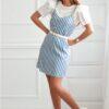 Vestido azul às riscas brancas com alças ajustáveis